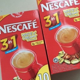 nescafe 3 in 1 creamy n white display